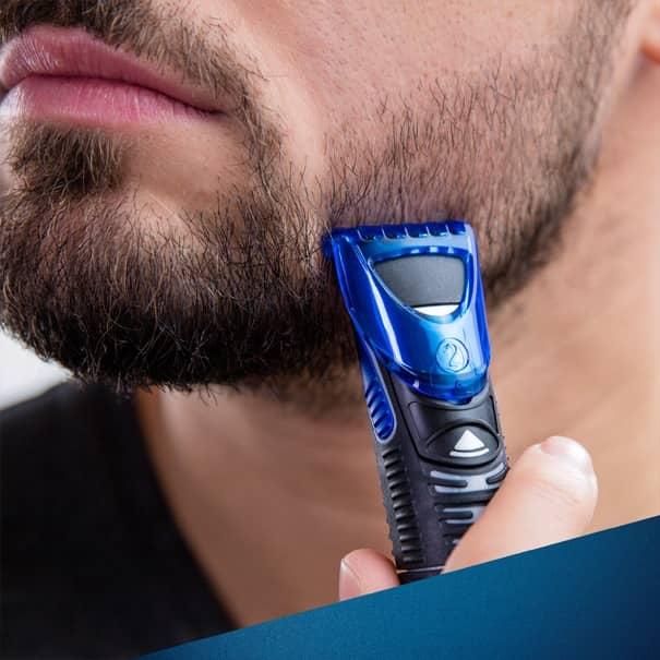 Aparador de barba em uso