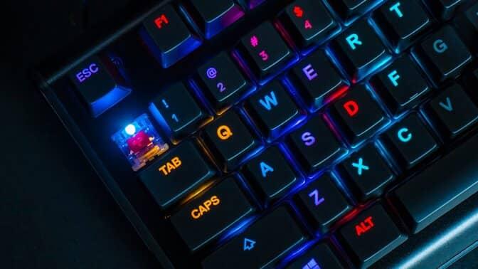 teclado mecânico silencioso